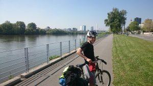 Pistes cyclables, entrée est de Nantes